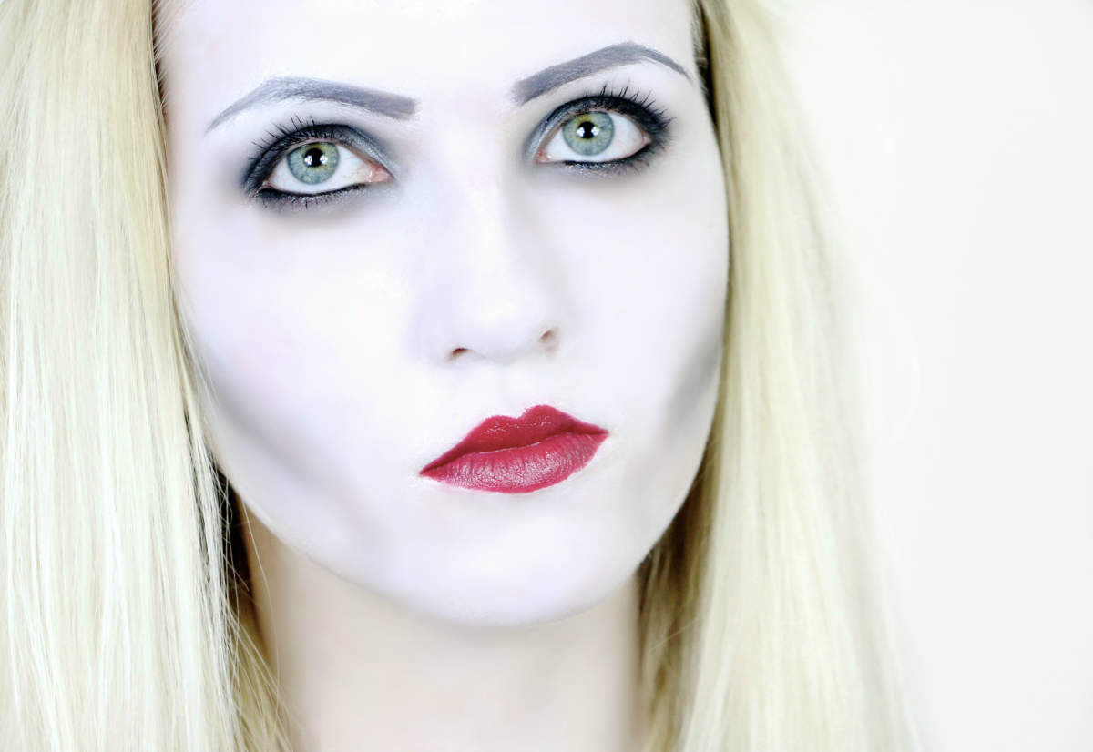 halloween vampire makeup tutorial