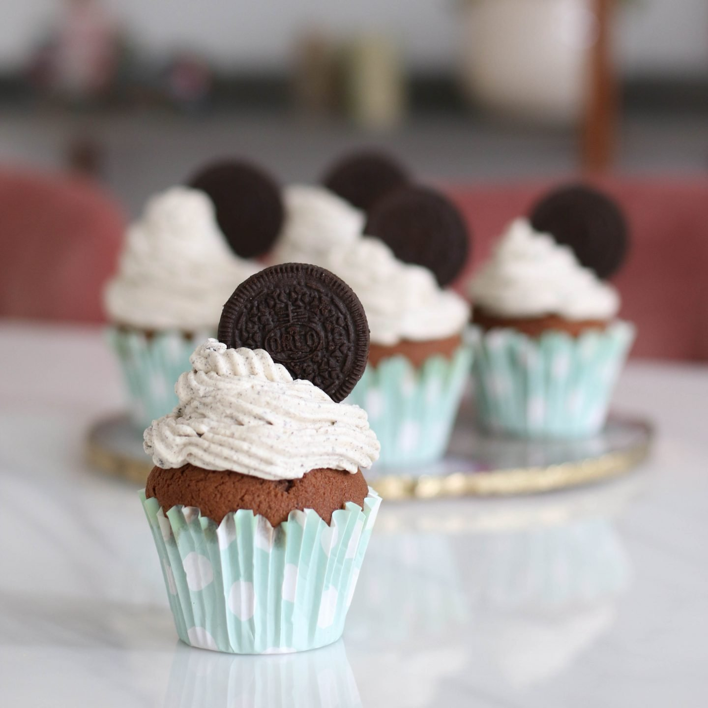 chocolate cupcakes with oreo buttercream icing